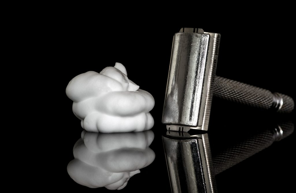 what is a good safety razor for a beginner